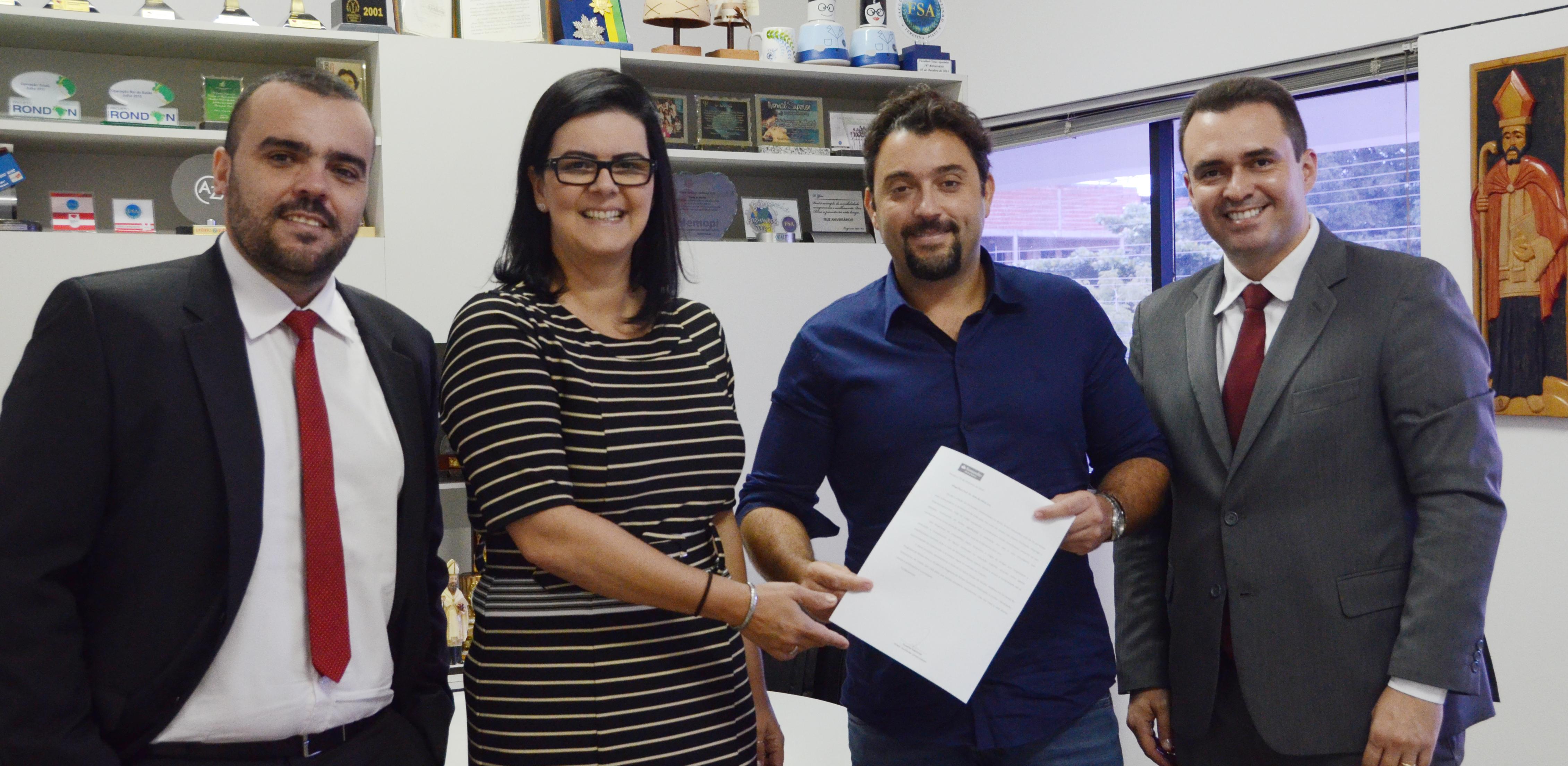 01a098f4e Programa Santander Graduação oferece bolsas de estudo aos discentes UNIFSA
